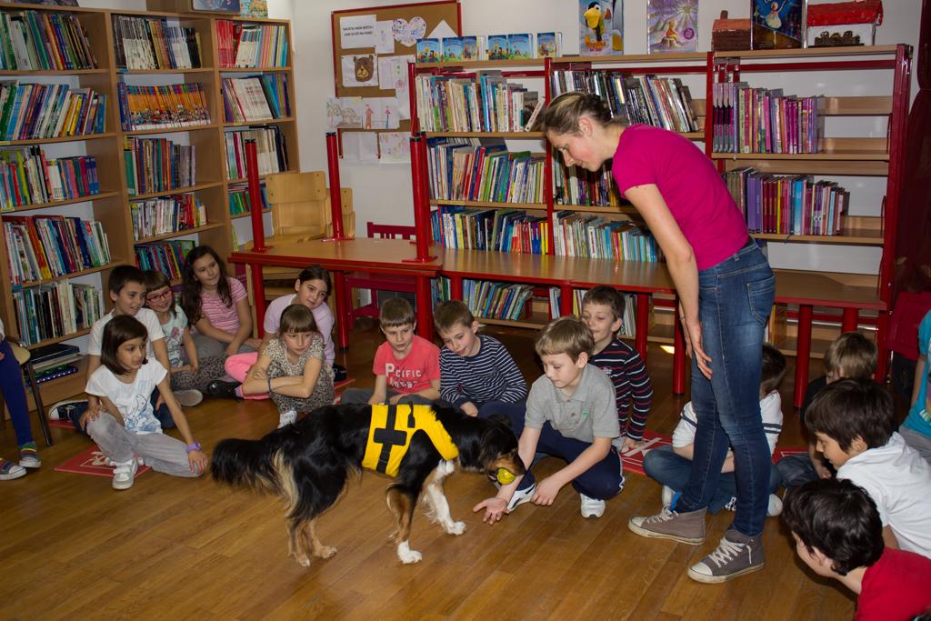 psi, djeca, edukacija, knjiznica (14)