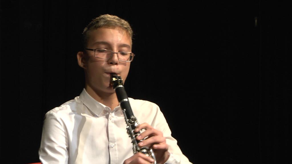 Glazbena-škola-koncert-instrumenti-djeca-2.jpg