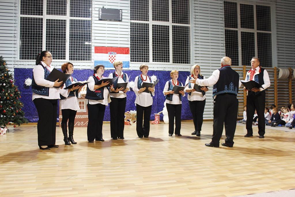 ščitarjevo božićni koncert folklor (3)