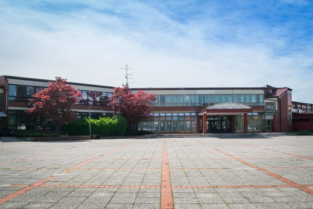 Srednja škola (7)