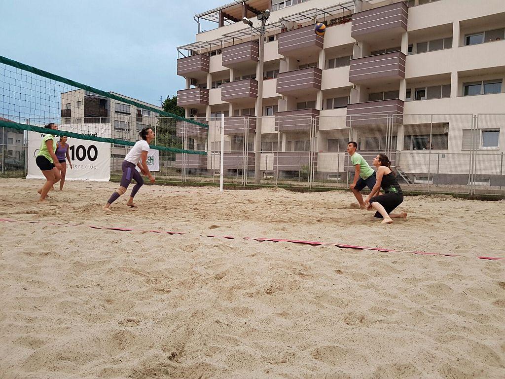 Odbojka na pijesku, teren (7)