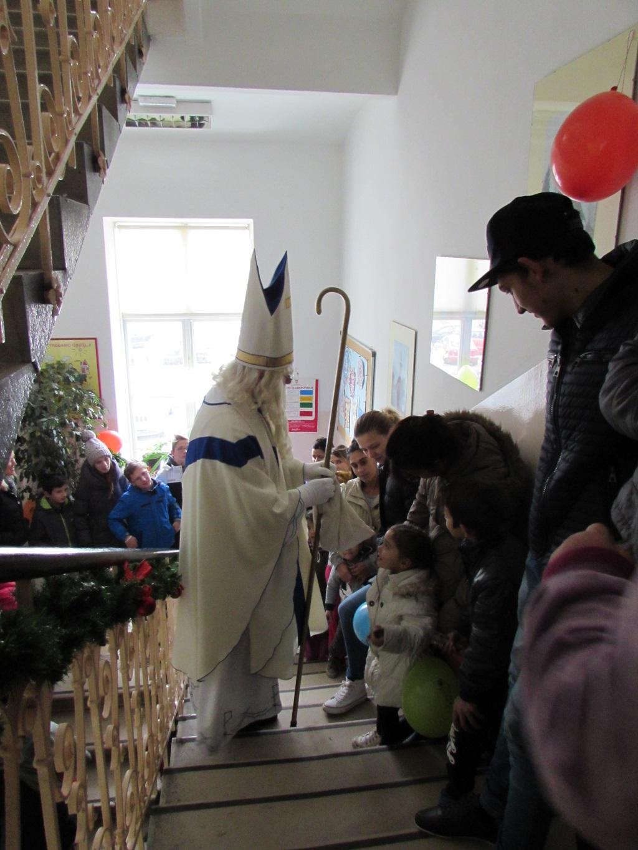 centar-za-socijalnu-skrb-pokloni-sv-nikola-3