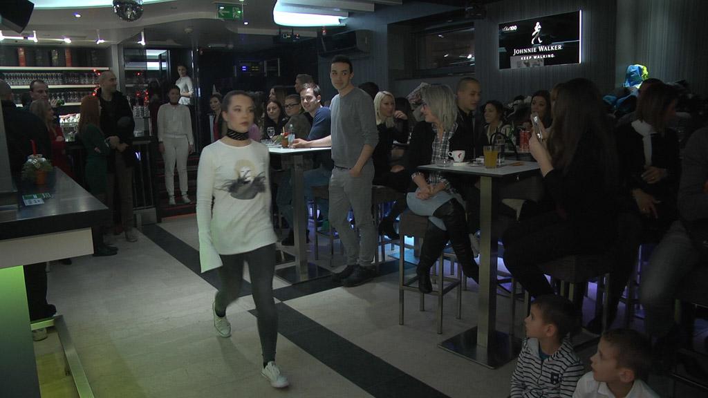dobrotvorna-revija-i-koncert-za-ljepsi-zivot-goricki-klub-mladih-dizajneri-glazbenici-club-100-29