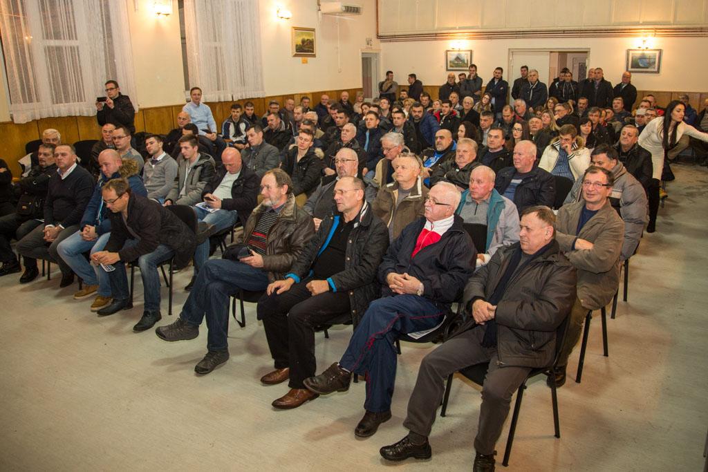 HDZ, Tomislav Lukšić, predstavljanje programa, Gradići, Društveni dom (19)
