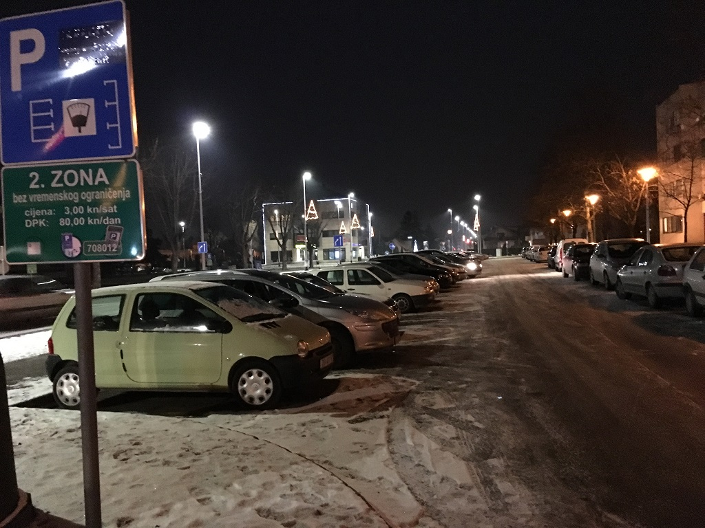 parking-kod-galzenice-neociscen-snijeg-led-4