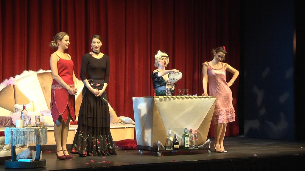 Predstava - i živjele su sretno (15)